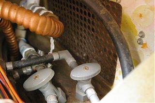 Click image for larger version  Name:valves2.jpg Views:140 Size:337.4 KB ID:37779