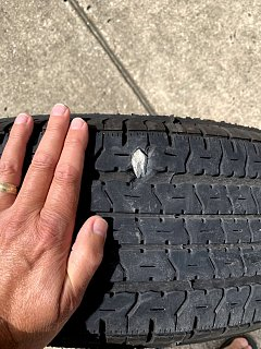 Click image for larger version  Name:Tire.jpg Views:14 Size:187.1 KB ID:378254