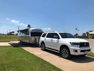 Click image for larger version  Name:Abby at the beach with new Sequoia and Awnings.jpg Views:3 Size:261.3 KB ID:378843