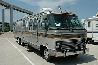 Click image for larger version  Name:airstreamseite.jpg Views:86 Size:171.5 KB ID:37886
