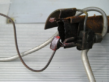Click image for larger version  Name:Water heater Burner 002.jpg Views:94 Size:41.0 KB ID:37912