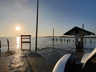 Click image for larger version  Name:sunrise Rockport.jpg Views:26 Size:318.7 KB ID:380525