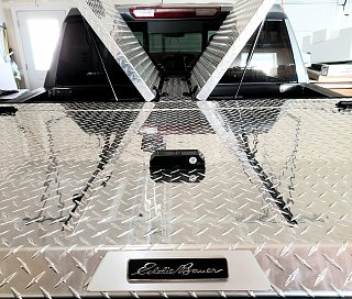 Click image for larger version  Name:Gull Wings.EddieBauer.Silverado 10.2019.jpg Views:12 Size:476.8 KB ID:384456