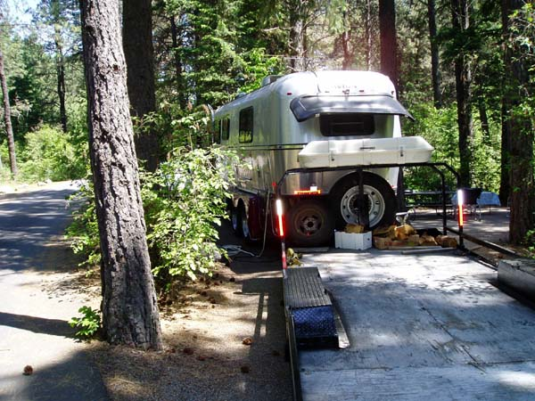 Click image for larger version  Name:pokey mon and pokey mamm go a campin 013.jpg Views:122 Size:104.3 KB ID:38525