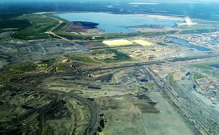 Click image for larger version  Name:syncrude_mildred_lake_plant.jpg Views:7 Size:162.9 KB ID:387774
