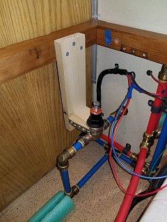 Click image for larger version  Name:Water Pressure Regulator Bracing Added Closeup.jpg Views:17 Size:401.0 KB ID:390384