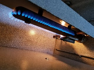 Click image for larger version  Name:Oven Test in Garage.jpg Views:16 Size:453.3 KB ID:390391