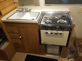 Click image for larger version  Name:Kitchen Cabinet Door Installed.jpg Views:17 Size:328.4 KB ID:390397