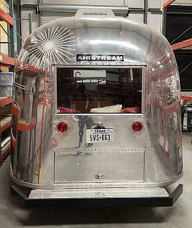 Click image for larger version  Name:airstream back copy.jpg Views:11 Size:394.0 KB ID:393893