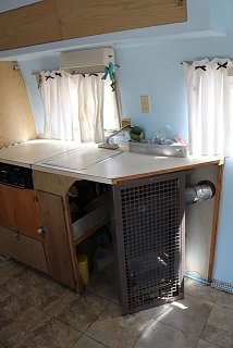 Click image for larger version  Name:kitchen-furnace.jpg Views:11 Size:36.6 KB ID:394000