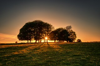 Click image for larger version  Name:sun-going-down.jpg Views:13 Size:296.5 KB ID:396102