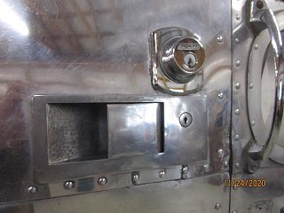 Click image for larger version  Name:2011 Door Lock Installed-800x600.JPG Views:9 Size:56.3 KB ID:397537