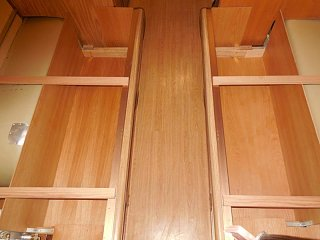 Click image for larger version  Name:1812 Bed Storage Beneath-800x600.JPG Views:6 Size:102.1 KB ID:397839