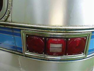 Click image for larger version  Name:Streetside taillight.gif Views:85 Size:163.4 KB ID:39803