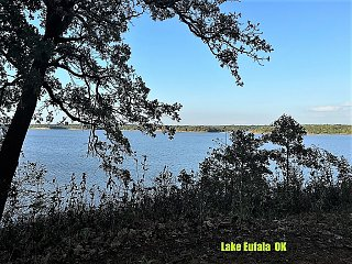 Click image for larger version  Name:LakeEuf.jpg Views:12 Size:438.7 KB ID:399893