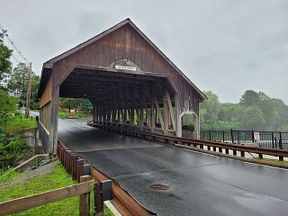 Click image for larger version  Name:Quechee Covered Bridge.jpg Views:15 Size:293.4 KB ID:400165