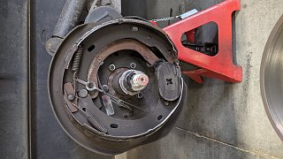 Click image for larger version  Name:Damaged rear brake assembly.jpg Views:11 Size:242.8 KB ID:403815