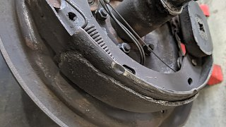 Click image for larger version  Name:Damaged rear brake 2.jpg Views:15 Size:180.0 KB ID:403816