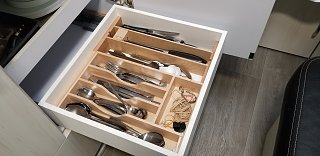 Click image for larger version  Name:cutlery drwer opend with sliding box.jpg Views:5 Size:174.3 KB ID:404039