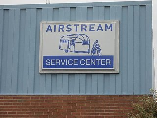 Click image for larger version  Name:Airstream Service Center.JPG Views:93 Size:34.6 KB ID:40431