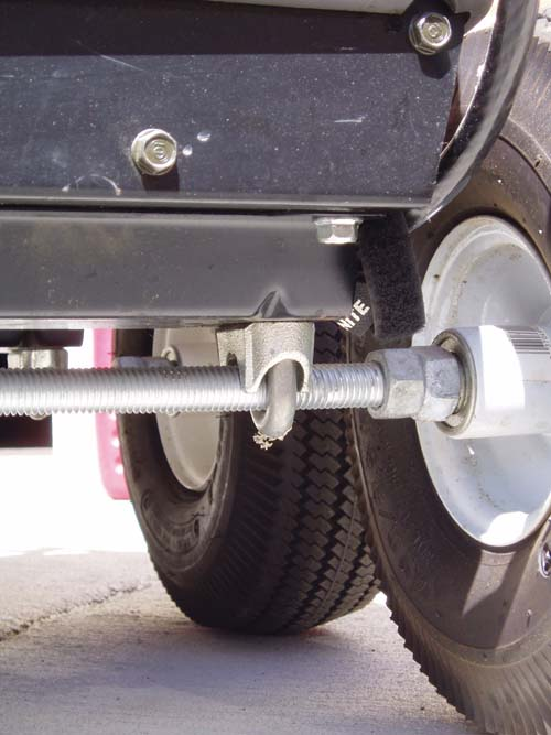 Click image for larger version  Name:axles 002.jpg Views:97 Size:60.1 KB ID:40562