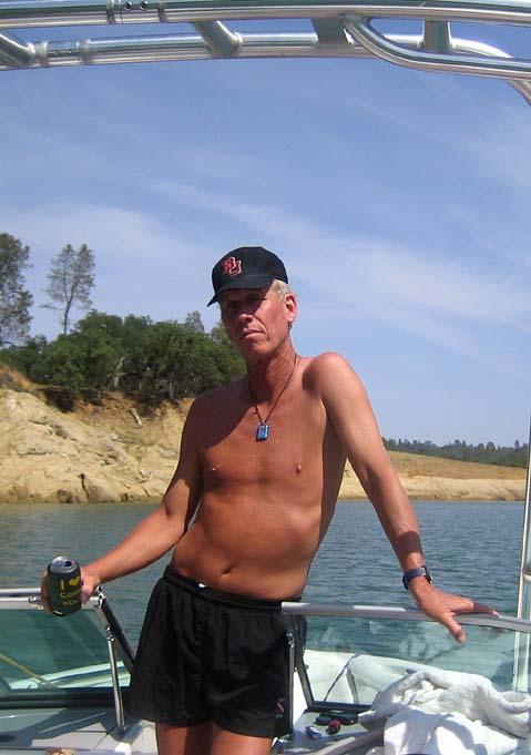 Click image for larger version  Name:kevin lake N may 07.jpg Views:61 Size:57.0 KB ID:40572