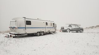 Click image for larger version  Name:Airstream snow.jpg Views:4 Size:144.9 KB ID:406179