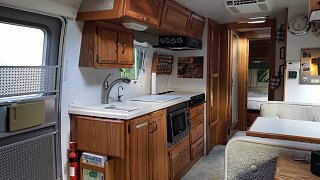 Click image for larger version  Name:Airstream interior.jpg Views:4 Size:273.0 KB ID:406180