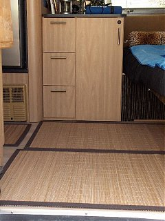 Click image for larger version  Name:HPIM1082 bamboo rugs from door.jpg Views:91 Size:85.9 KB ID:40716