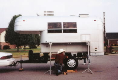 Click image for larger version  Name:Avion truck camper.jpg Views:62 Size:15.9 KB ID:40917