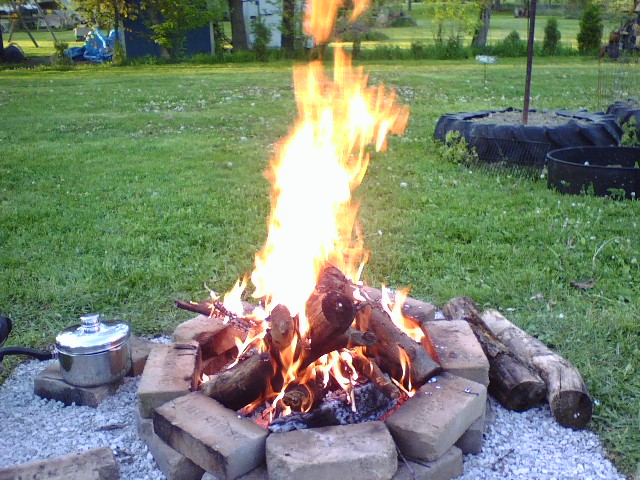 Click image for larger version  Name:New fire pit.jpg Views:76 Size:133.2 KB ID:41162