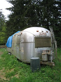 Click image for larger version  Name:30 1986 airstream.JPG Views:78 Size:1,021.6 KB ID:41468