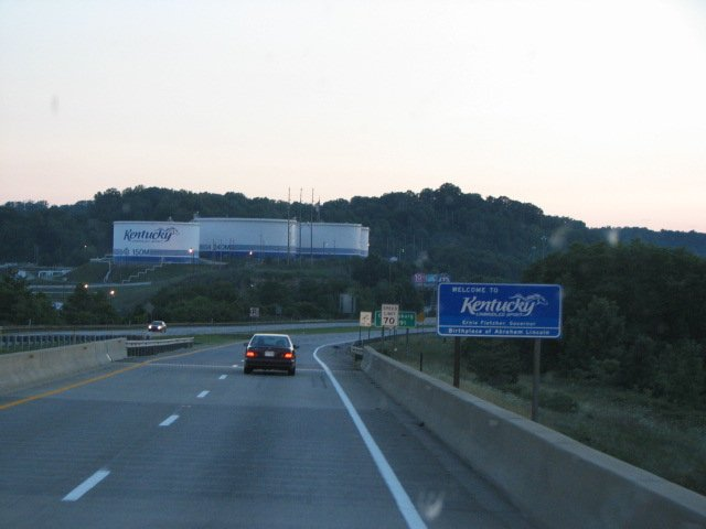 Click image for larger version  Name:Welcome to Kentucky.jpg Views:60 Size:36.7 KB ID:41854