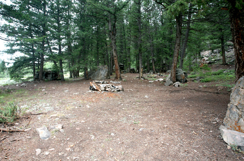Click image for larger version  Name:IMG_7372 campsites-s.jpg Views:142 Size:215.2 KB ID:42686