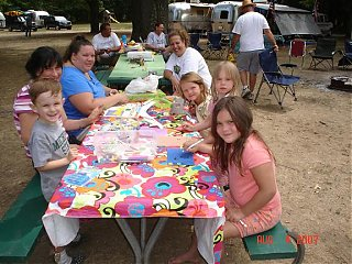 Click image for larger version  Name:Childrens crafts.JPG Views:82 Size:80.6 KB ID:42932