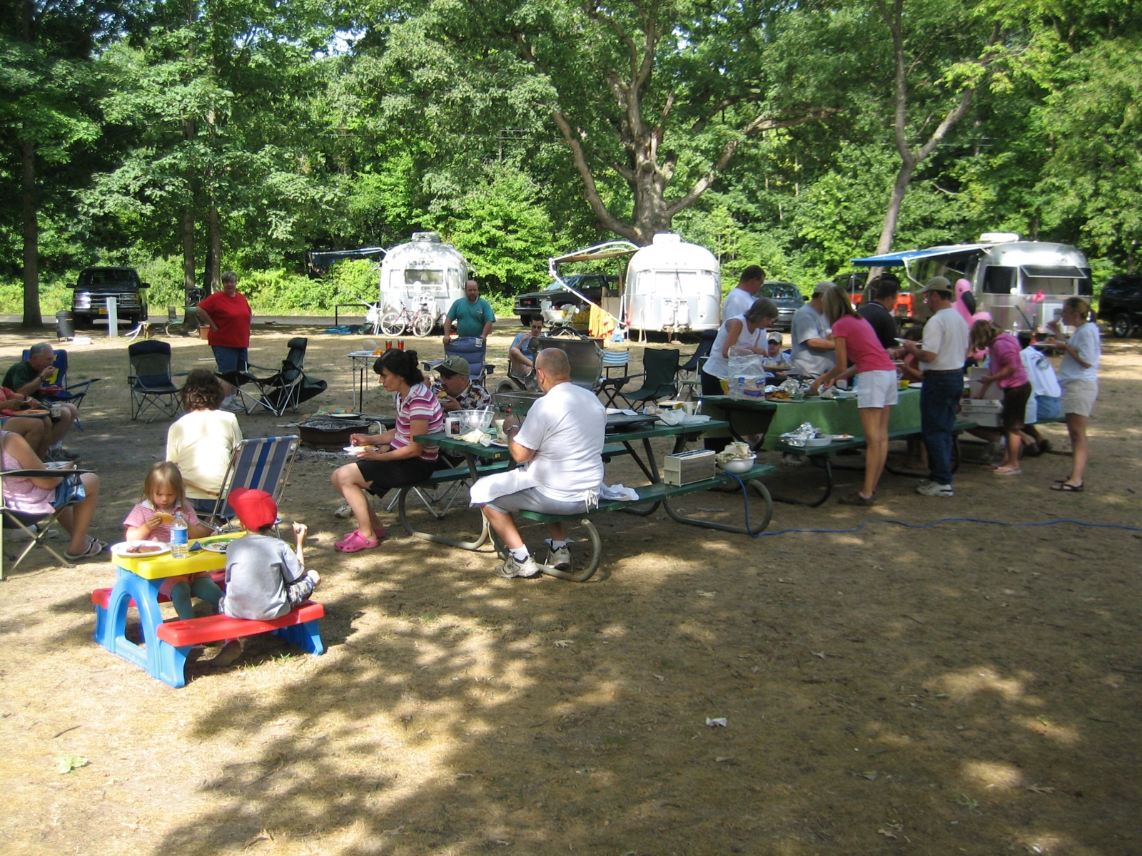 Click image for larger version  Name:Pot Luck Breakfast #1.jpg Views:61 Size:904.3 KB ID:42942