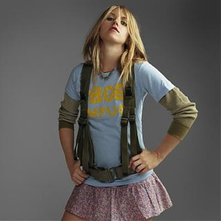 Click image for larger version  Name:liz phair.jpg Views:62 Size:15.9 KB ID:42946