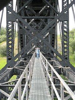 Click image for larger version  Name:bridge.jpg Views:90 Size:56.3 KB ID:43731