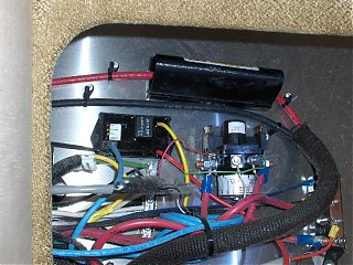 Click image for larger version  Name:HPIM1125 Zettler Charge Controller.jpg Views:1057 Size:102.9 KB ID:43959