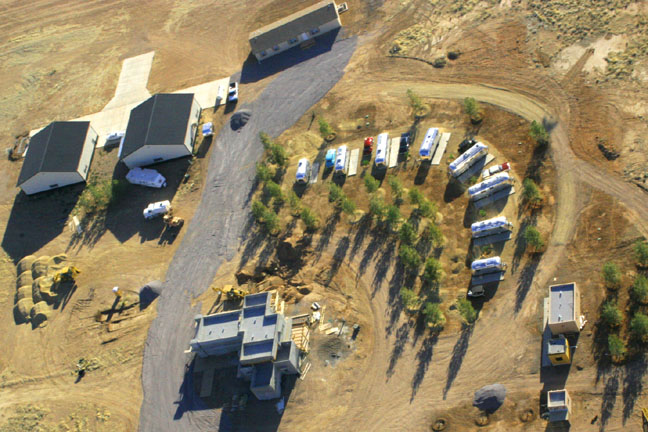 Click image for larger version  Name:Gypsy_hangars.jpg Views:106 Size:120.2 KB ID:44015