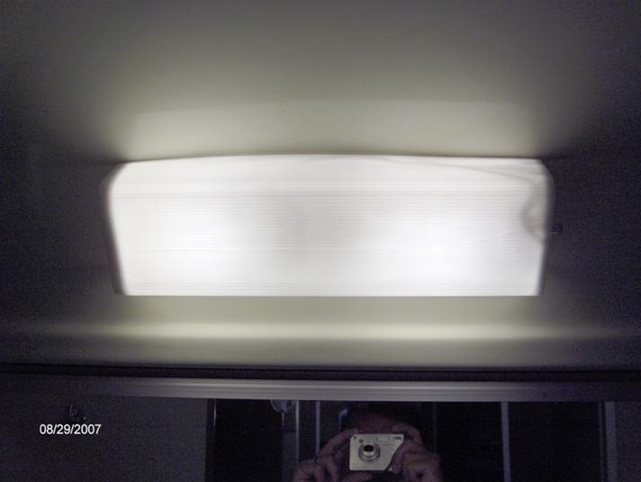 Click image for larger version  Name:Bathroom light lens 005.jpg Views:61 Size:124.5 KB ID:44031