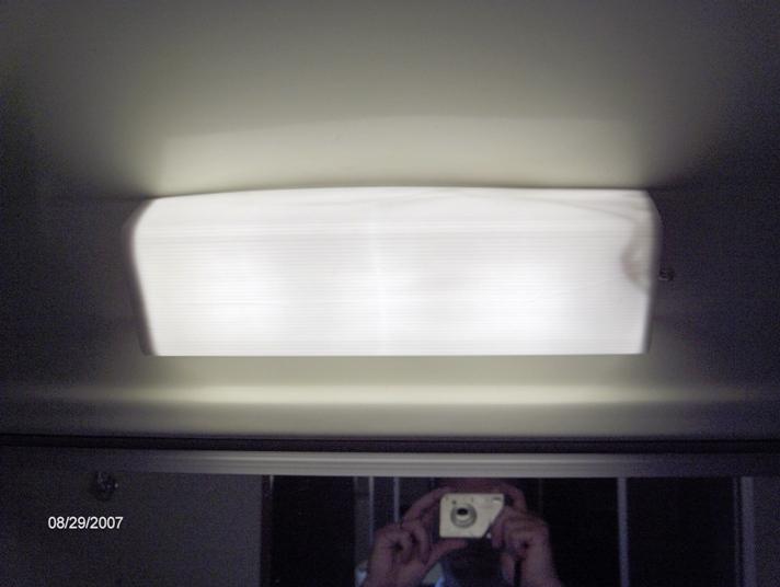 Click image for larger version  Name:Bathroom light lens 006.jpg Views:83 Size:123.0 KB ID:44051