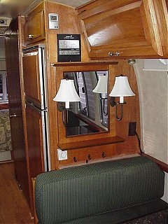 Click image for larger version  Name:dinette mirror.jpg Views:526 Size:53.7 KB ID:4532
