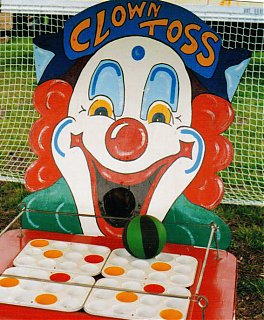 Click image for larger version  Name:ClownToss.jpg Views:74 Size:121.1 KB ID:45577