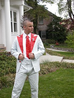 Click image for larger version  Name:450px-Duct_tape_tuxedo.jpg Views:75 Size:95.0 KB ID:45580