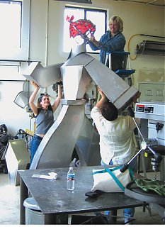 Click image for larger version  Name:womenwhoweld.jpg Views:69 Size:215.5 KB ID:45846
