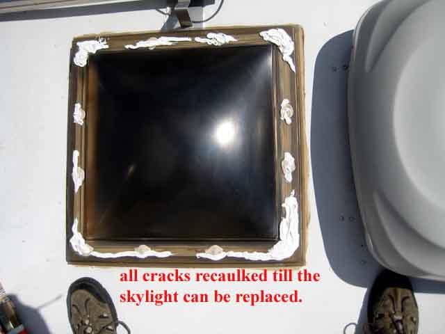 Click image for larger version  Name:sky light leak 06.jpg Views:64 Size:36.2 KB ID:45995