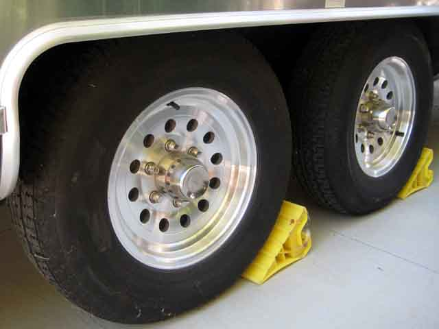 Click image for larger version  Name:wheels.jpg Views:47 Size:33.2 KB ID:46062