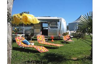 Click image for larger version  Name:airstreamcamping_1.jpg Views:81 Size:25.8 KB ID:46249