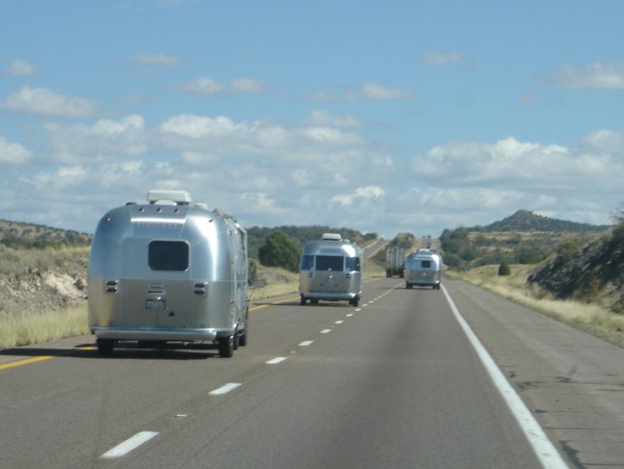 Click image for larger version  Name:Caravan 1.jpg Views:51 Size:171.0 KB ID:46530